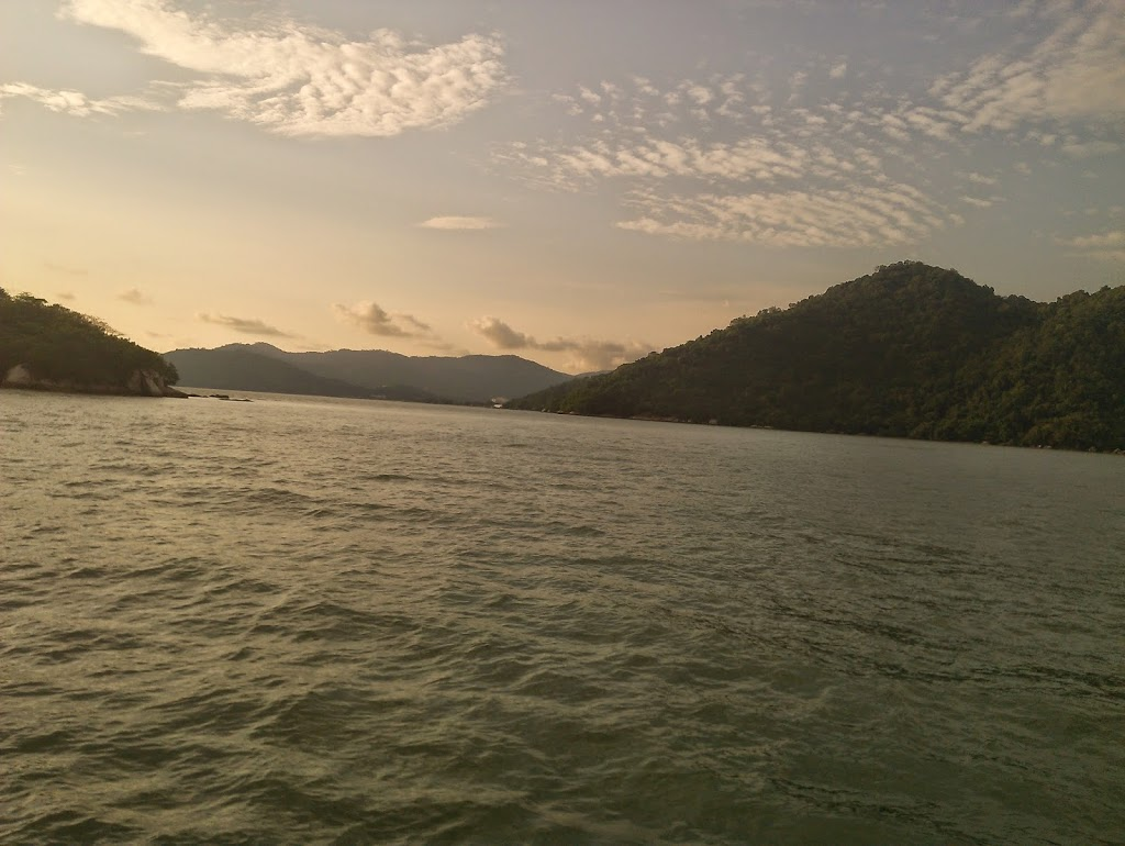 Langkawi to JB sailing blogs: Pulau Rimau anchorage