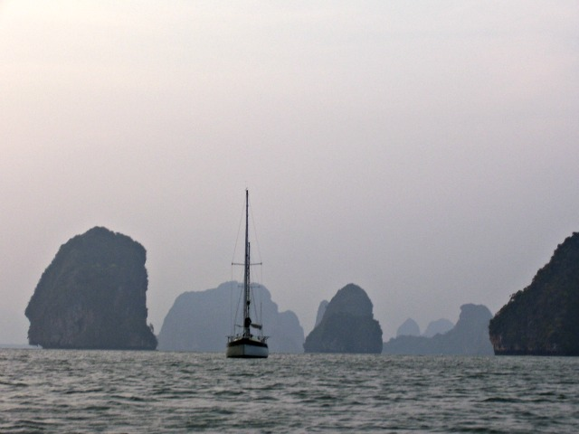Sailing blog photo of Yana de Lys anchored in Phang Nga Bay, Thailand