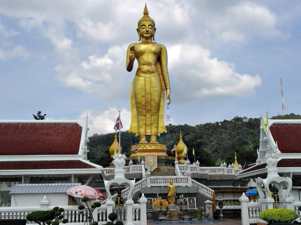 The Kuan Yin shrine overlooking the Hat Yai metropolis